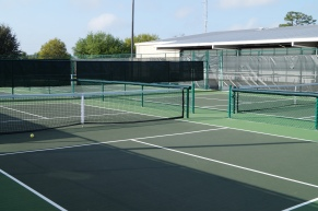 12 Outdoor Courts